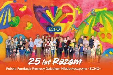 Jubileuszowy obrazek Fundacji -ECHO- kolorowy obraz podopiecznych Fundacji pod logo