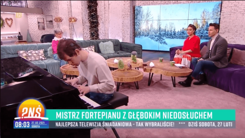 Grzegorz Płonka w studio TVP1